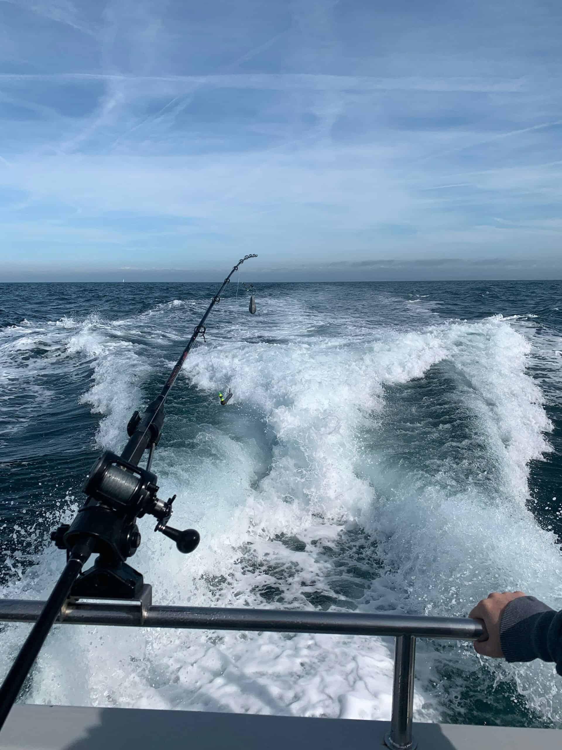 charter boat wake