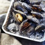 mussels on barbeque