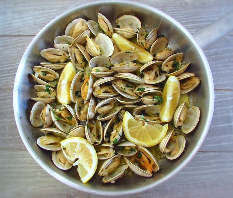 clams with garlic and lemon